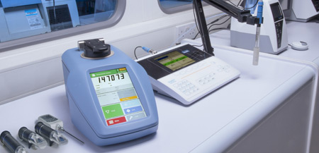 RFM900T-Lab-with-handhelds-450x217.jpg