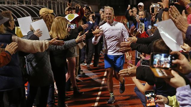 Will-Turner-finish-line--Photo-credit---Alexa-Welch-Edlund_times-dispatch-.jpg